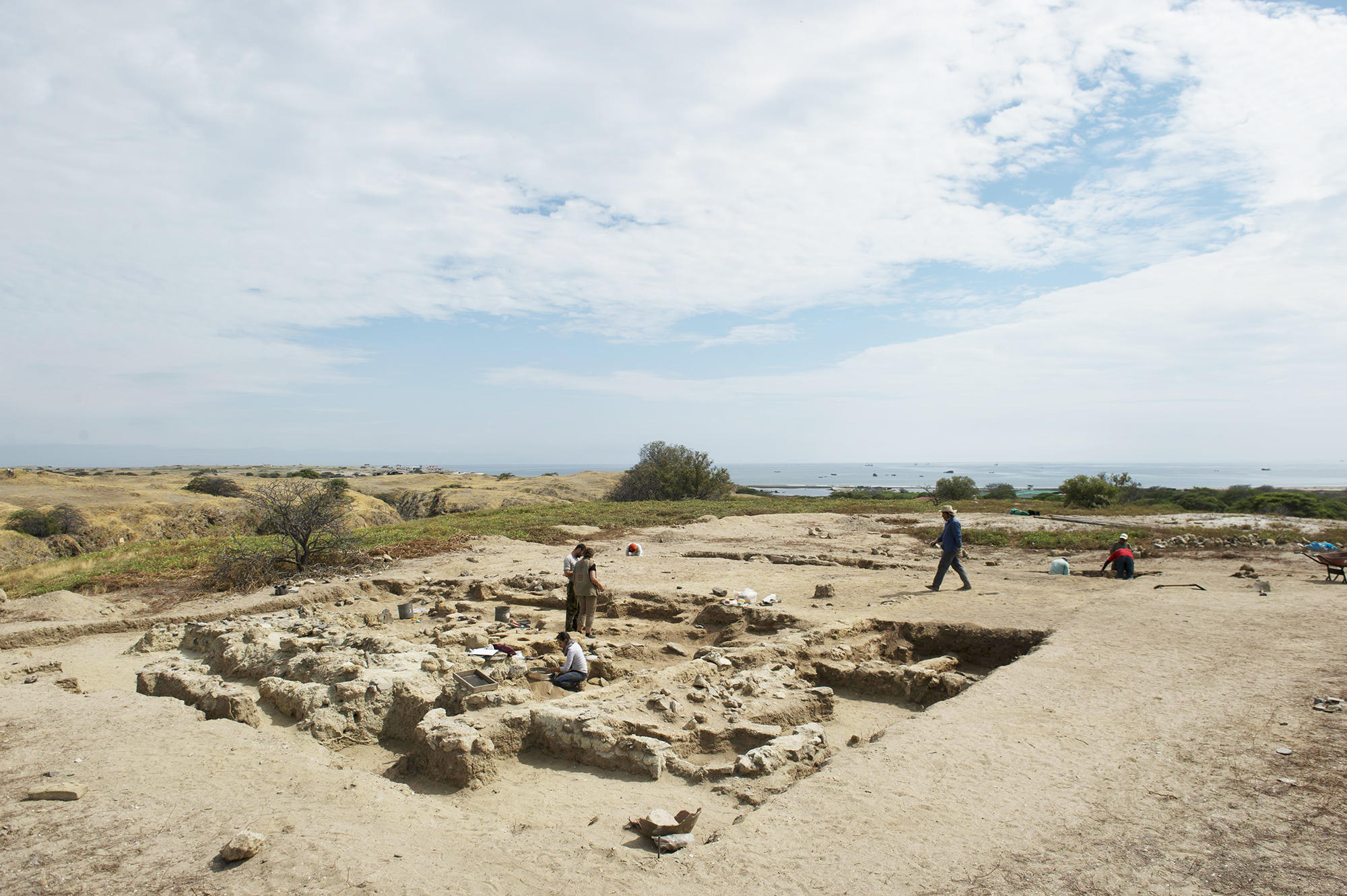 Unique Funerary Site Discovered in Peru