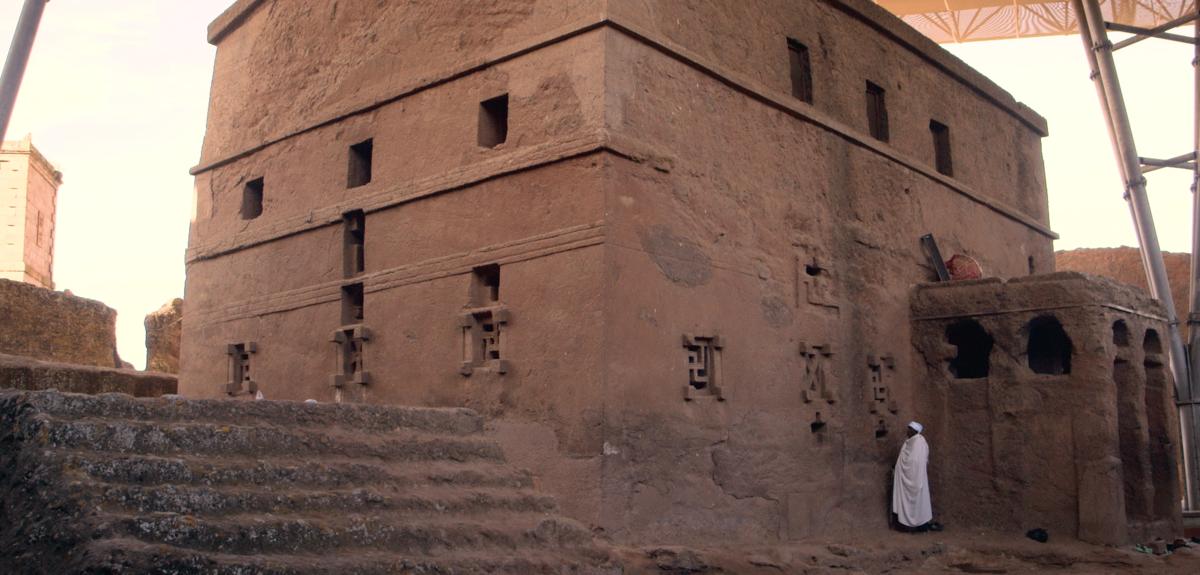 Lalibela: a city dug in a rock
